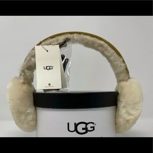 NWT DOUBLE U UGG EARMUFFS